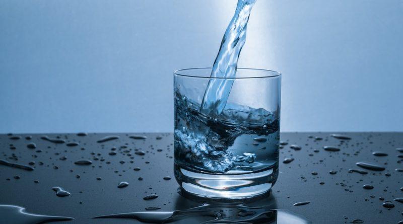 Water Glas - Bron: Pixabay (Publiek Domein)